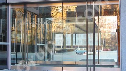 Puertas Pivotantes Acristaladas MS-Basic