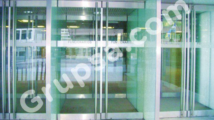 Puertas Pivotantes Acristaladas MS-Frame