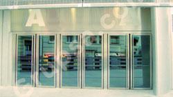Puertas Pivotantes Acristaladas MS-606
